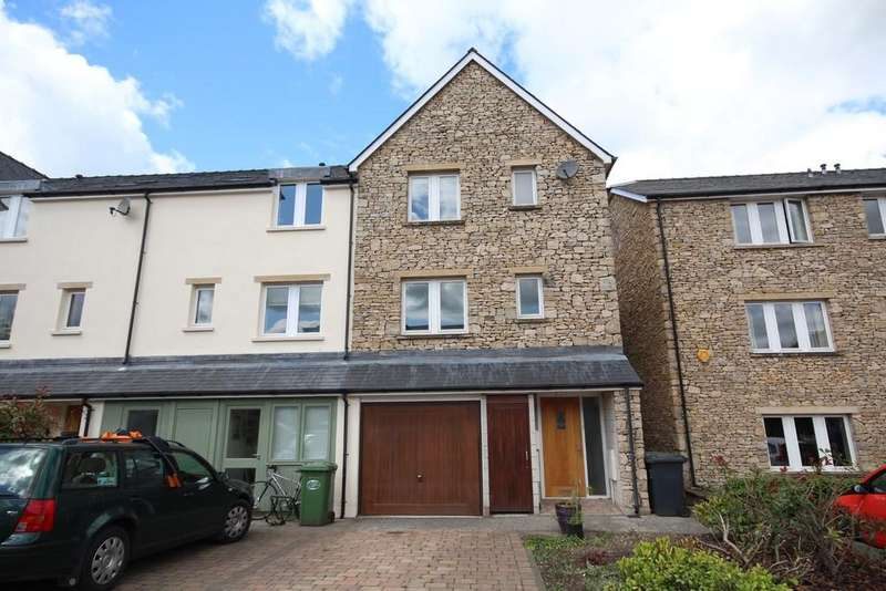 3 Bedrooms Town House for sale in 6 Earle Court, Kendal
