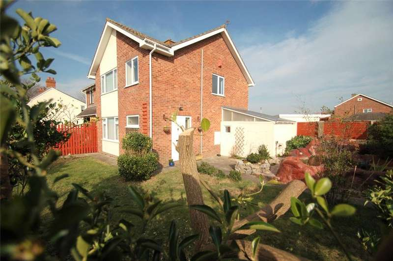 3 Bedrooms Semi Detached House for sale in Kings Drive, Westonzoyland, Bridgwater, Somerset, TA7