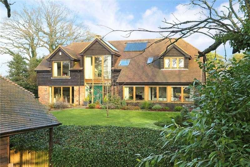 5 Bedrooms Detached House for sale in Hale House Lane, Churt, Farnham, GU10