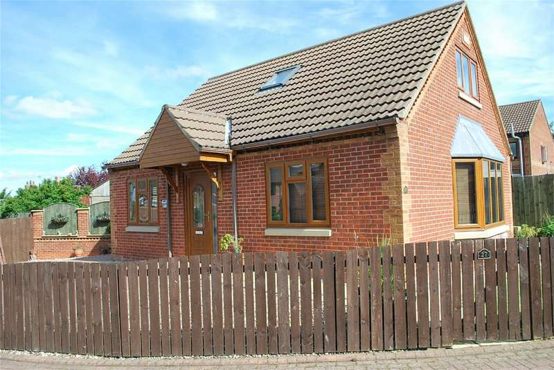 2 Bedrooms Detached House for sale in Castle Park, Aldbrough, East Riding of Yorkshire