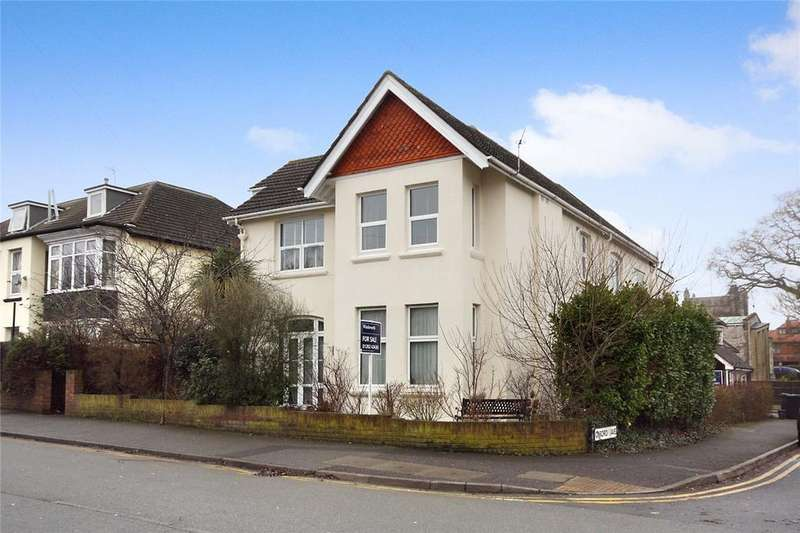 2 Bedrooms Flat for sale in Oxford Avenue, Bournemouth, Dorset, BH6