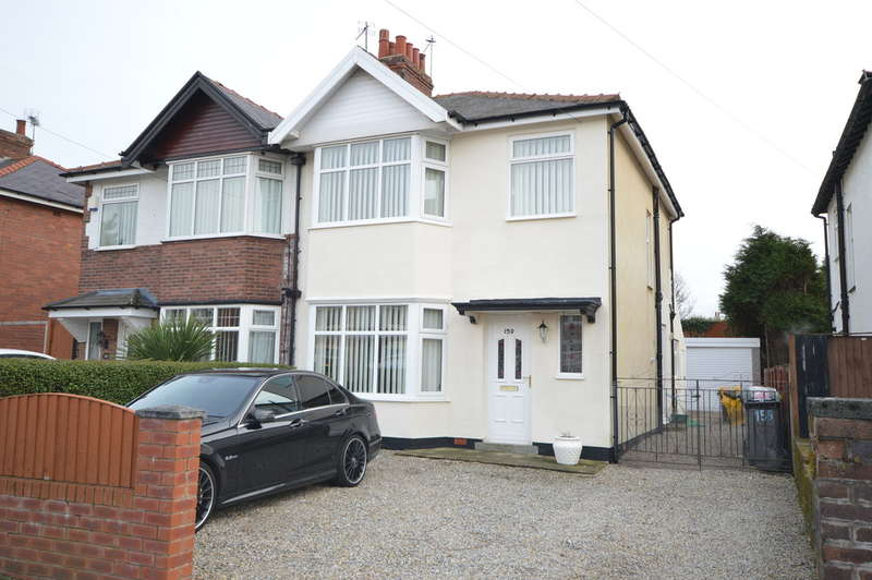 3 Bedrooms Semi Detached House for sale in Warley Road, North Shore