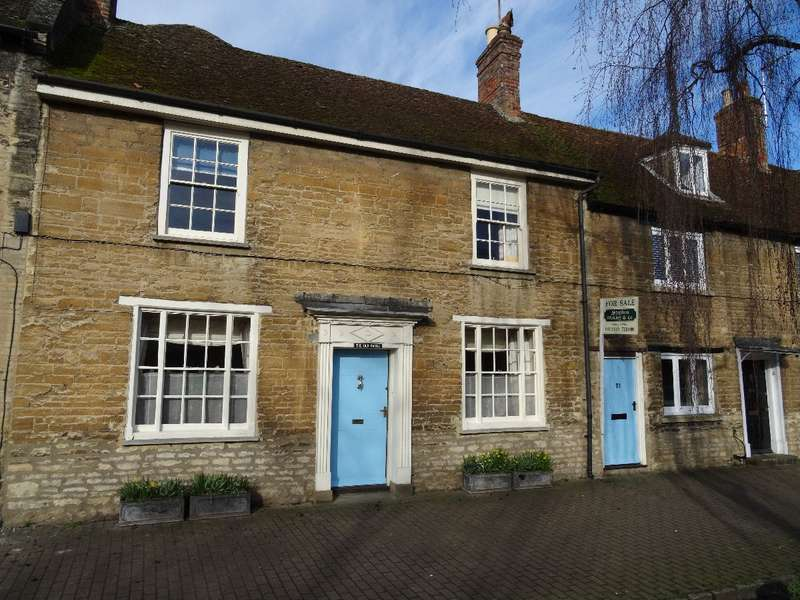 4 Bedrooms Terraced House for sale in THE OLD MANSE, OLNEY