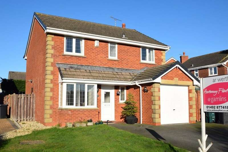 4 Bedrooms Detached House for sale in Charleston Road, Penrhyn Bay