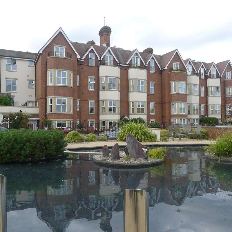 2 Bedrooms Apartment Flat for sale in Royal Court Apartments, 66 Lichfield Road
