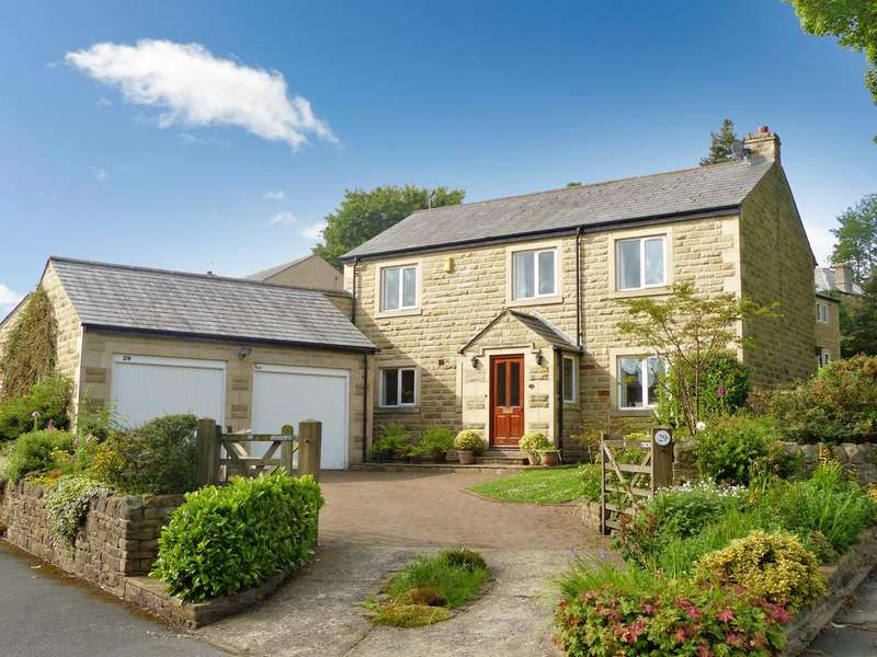 4 Bedrooms Detached House for sale in Salterforth Road, Earby