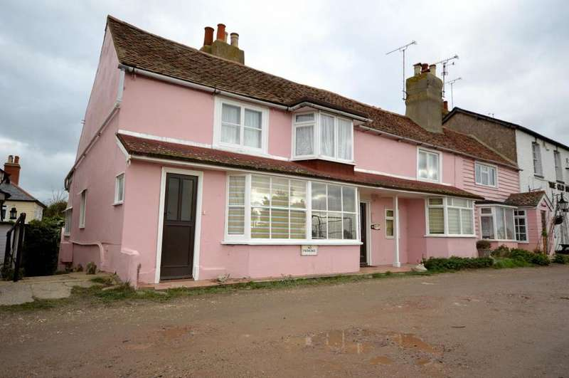 3 Bedrooms Cottage House for sale in Lock Hill, Heybridge Basin, Maldon, Essex, CM9