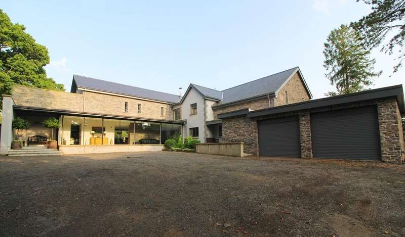 5 Bedrooms Detached House for sale in Tynant Road, Creigiau