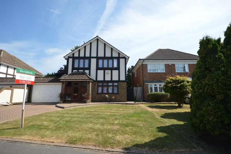 4 Bedrooms Detached House for sale in Dalewood Close, Emerson Park, Hornchurch, Essex, RM11