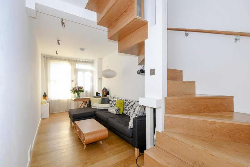 2 Bedrooms Terraced House for sale in Hindmans Road, East Dulwich, SE22