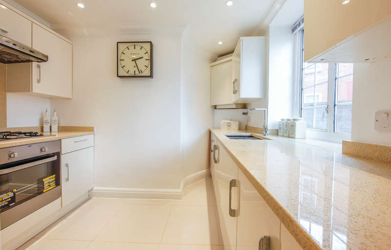 3 Bedrooms Flat for sale in Fortune Gate Road, Harlesden