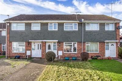 3 Bedrooms Terraced House for sale in Pintail Road, Woodford Green