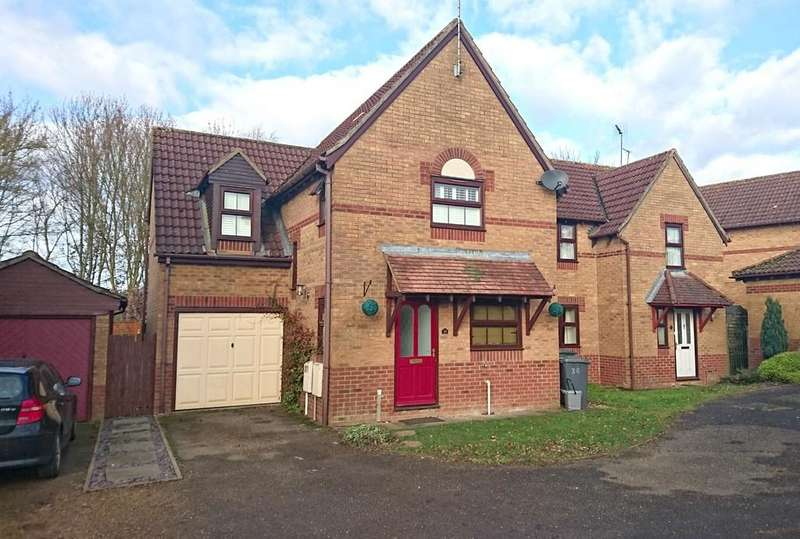4 Bedrooms Detached House for sale in Johnson Avenue, Brackley