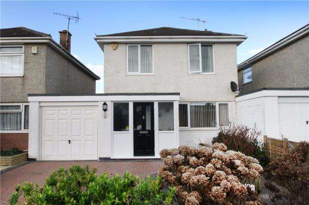 3 Bedrooms Link Detached House for sale in Mallon Dene, Rustington, West Sussex, BN16