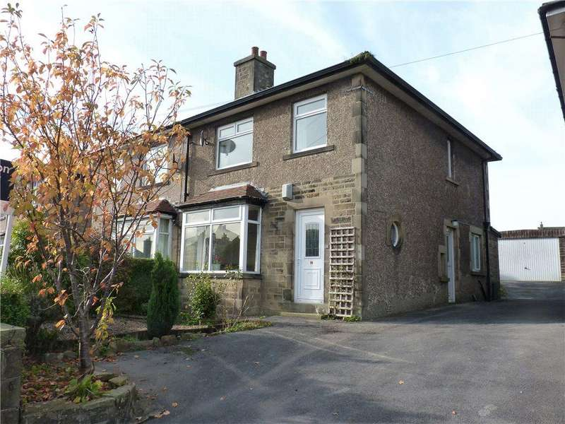 3 Bedrooms Semi Detached House for sale in Moorlands Avenue, Oakworth, Keighley, West Yorkshire