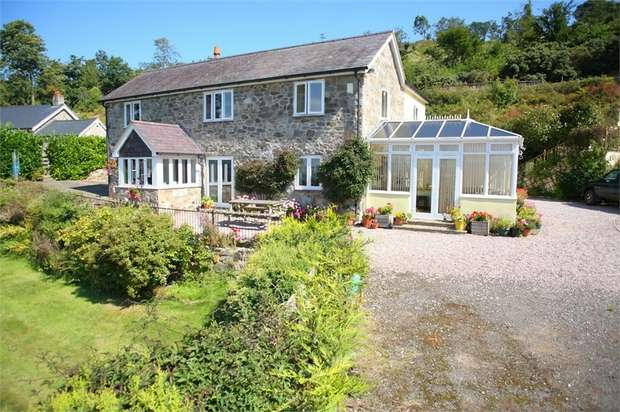 4 Bedrooms Detached House for sale in Rhuallt, St Asaph, Denbighshire
