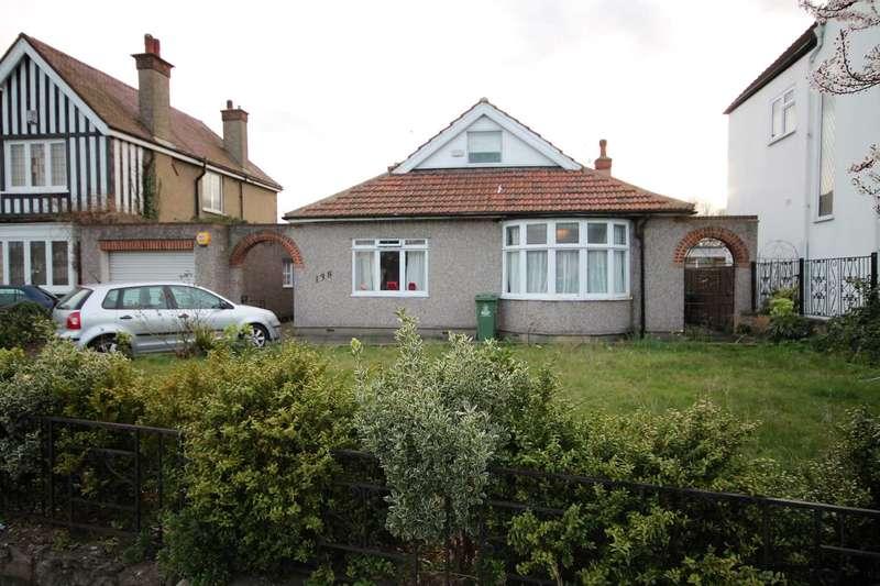 5 Bedrooms Bungalow for sale in Upton Road, Bexleyheath
