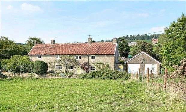 6 Bedrooms Detached House for sale in Hemington, SOMERSET