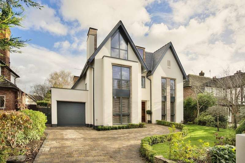 5 Bedrooms Detached House for sale in Parkway, Wilmslow