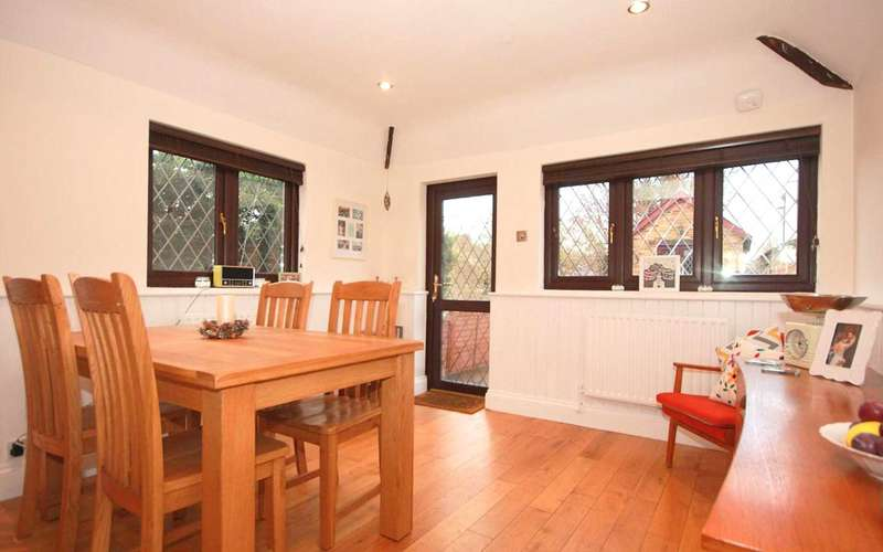 2 Bedrooms End Of Terrace House for sale in 2 BEDROOM WITH OFFICE/ANNEX IN, Boxmoor, HP1