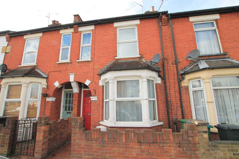 3 Bedrooms Terraced House for sale in Sandringham Road, Watford