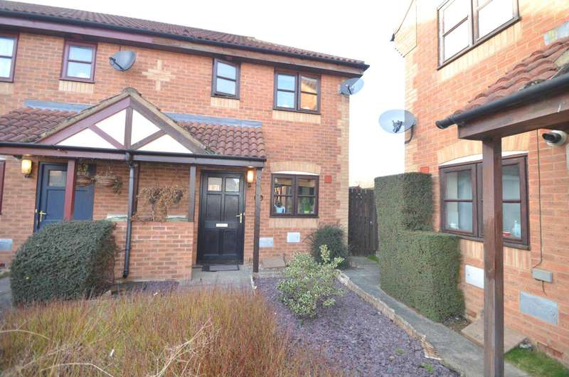 2 Bedrooms End Of Terrace House for sale in Middleton