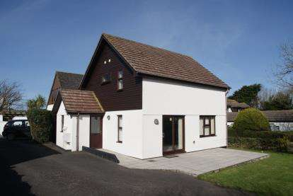 2 Bedrooms Detached House for sale in Towan, Padstow, Cornwall