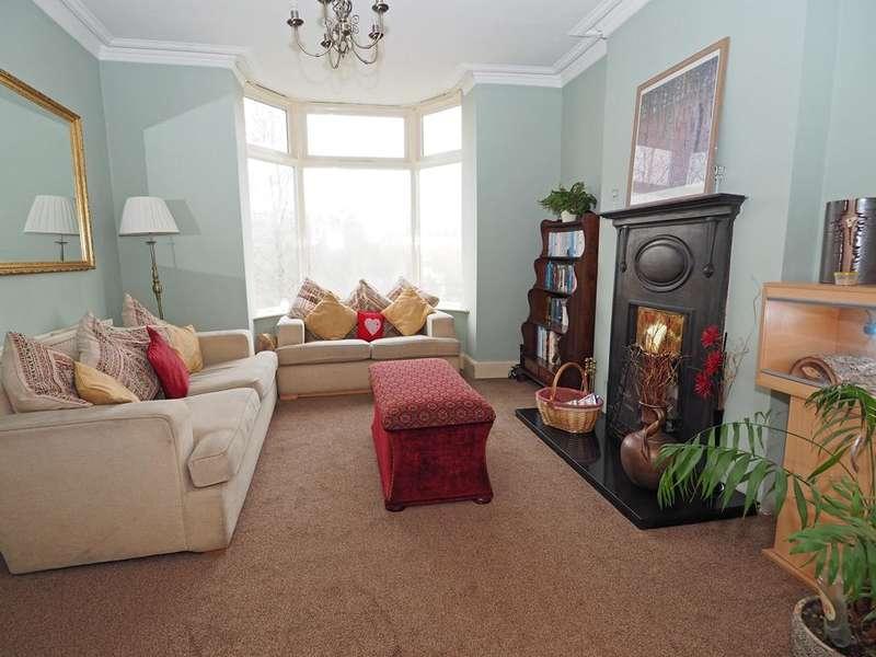 3 Bedrooms Semi Detached House for sale in Hayfield Road, Birch Vale, High Peak, Derbyshire, SK22 1DA