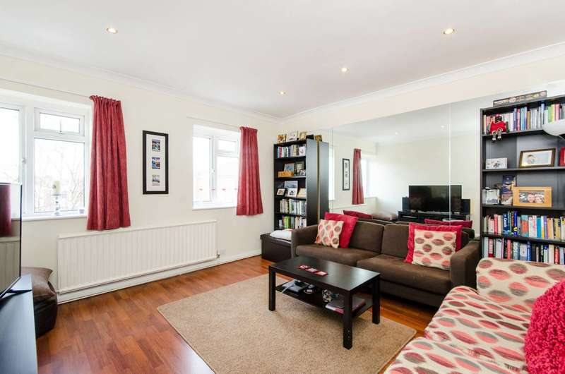 2 Bedrooms Flat for sale in Leigham Court Road, Streatham, SW16