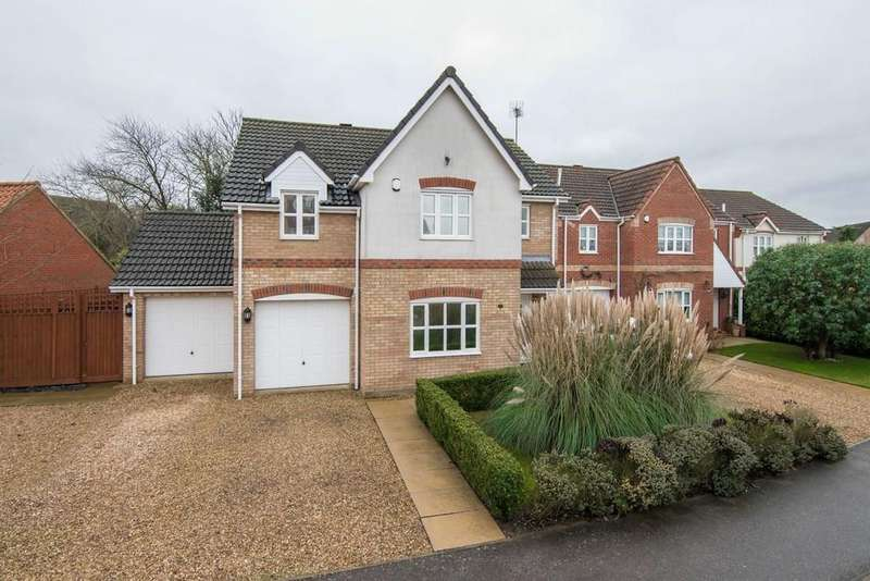 4 Bedrooms Detached House for sale in Grove Gardens, Elm, Wisbech