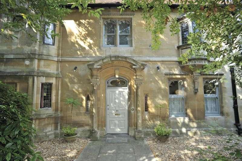 7 Bedrooms Detached House for sale in Wells Road, Glastonbury, Somerset, BA6