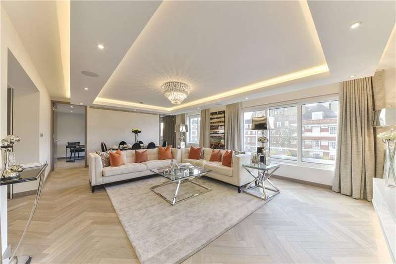 3 Bedrooms Flat for sale in Montrose Court, Princes Gate, Knightsbridge, London, SW7