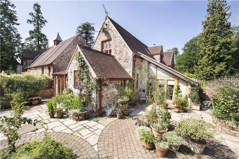 3 Bedrooms End Of Terrace House for sale in Huntsham Court Stables, Huntsham, Tiverton, Devon, EX16