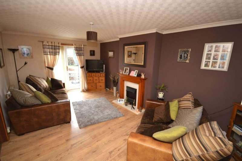 3 Bedrooms Property for sale in Oaklea, Saline, Dunfermline, KY12
