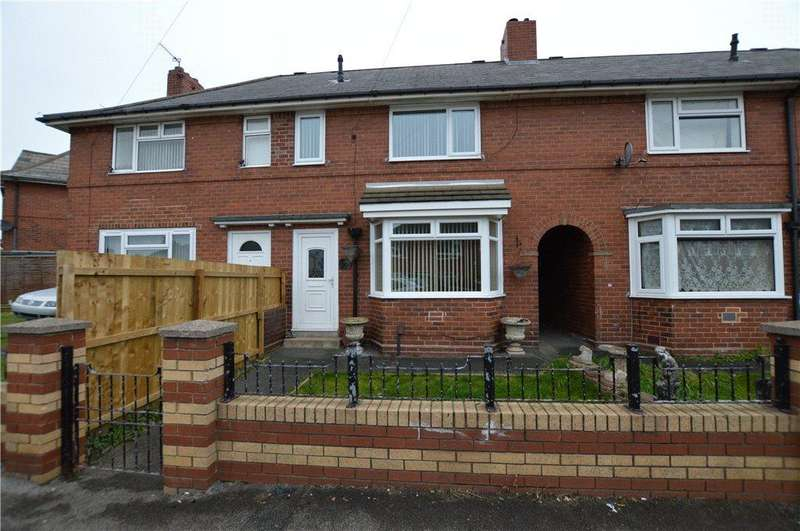 2 Bedrooms Town House for sale in Ullswater Crescent, Leeds, West Yorkshire