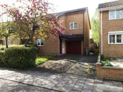 3 Bedrooms Semi Detached House for sale in Talland Avenue, Fishermead, Milton Keynes