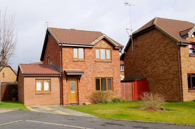 4 Bedrooms Detached House for sale in Baird Place, Monkton, Prestwick, KA9