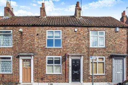 2 Bedrooms Terraced House for sale in Clifton, York, North Yorkshire, England