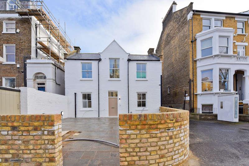 2 Bedrooms Flat for sale in Highbury Grove N5 2AG