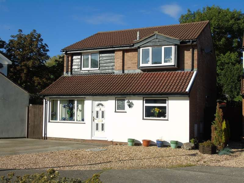 4 Bedrooms Detached House for sale in Daniell Close, Sully