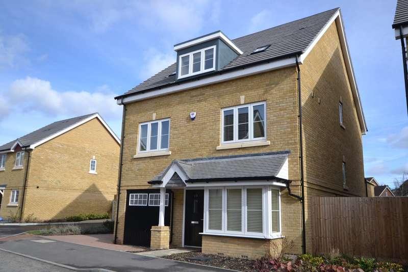 4 Bedrooms Detached House for sale in Brookwood
