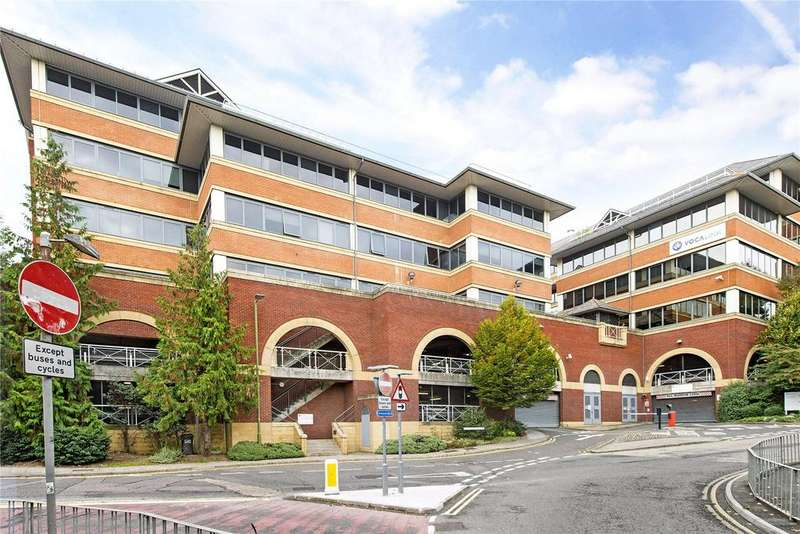 Studio Flat for sale in Swan House, Homestead Road, Rickmansworth, Hertfordshire, WD3