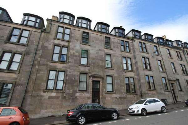 2 Bedrooms Flat for sale in 2/2, 19 Newton Street, Greenock, PA16 8SA