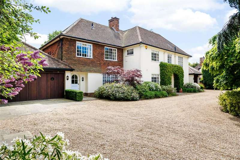 5 Bedrooms Detached House for sale in West Common Way, Harpenden, Hertfordshire, AL5