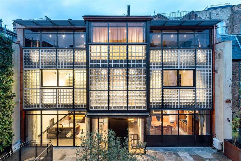 5 Bedrooms Mews House for sale in Eglon House, Eglon Mews, Primrose Hill, London, NW1