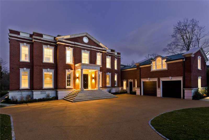 6 Bedrooms Detached House for sale in Princes Drive, Oxshott, Leatherhead, Surrey, KT22