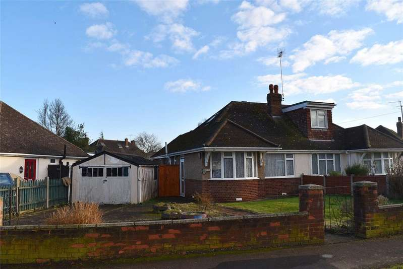 2 Bedrooms Semi Detached Bungalow for sale in Golden Riddy, Linslade