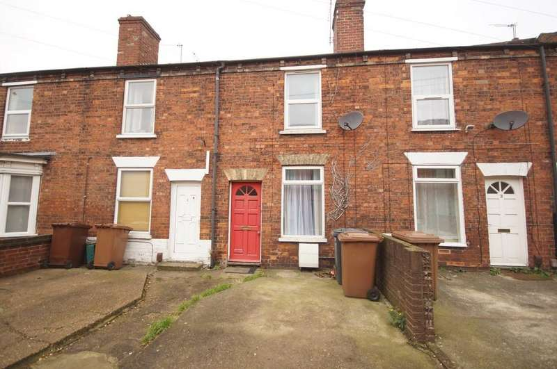 2 Bedrooms Terraced House for sale in Nelson Street, Lincoln