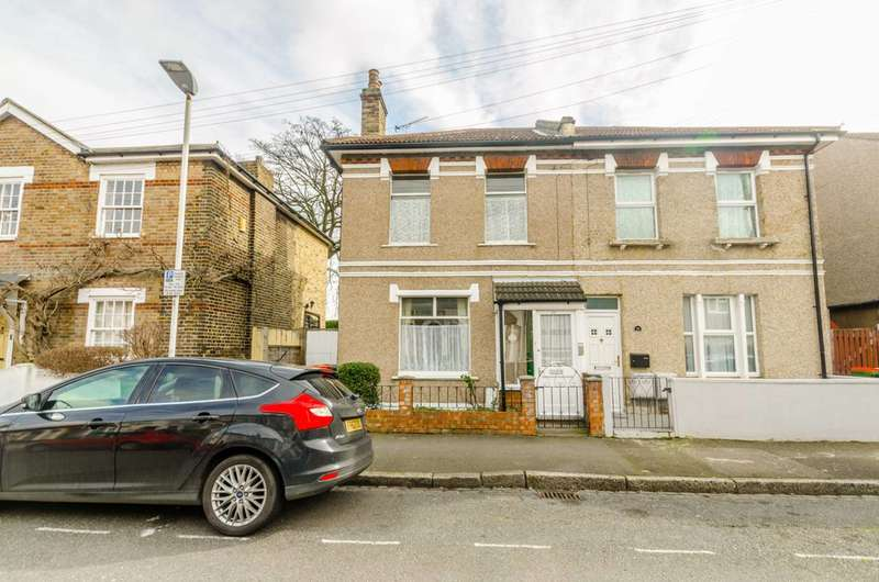 3 Bedrooms Semi Detached House for sale in Amity Road, Stratford, E15