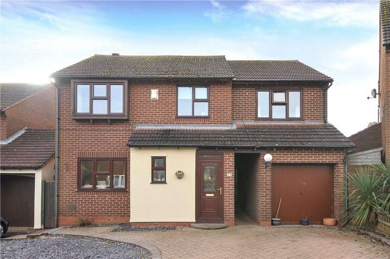 4 Bedrooms Detached House for sale in Leafield Rise, Two Mile Ash, Milton Keynes, Buckinghamshire